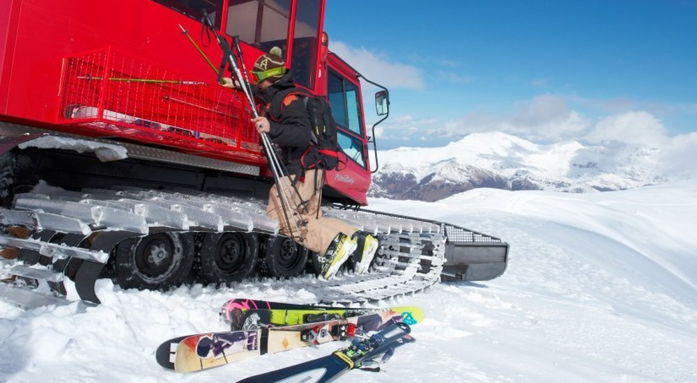 Snowcat Ski and Snowboarding Holiday Offers | LUEX