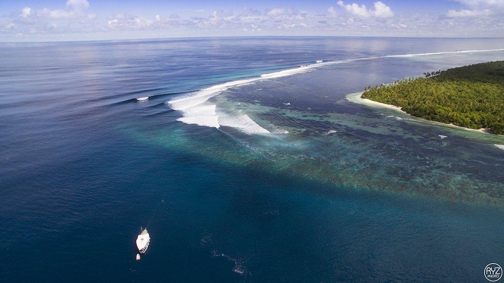 maldives surf charter Koimala