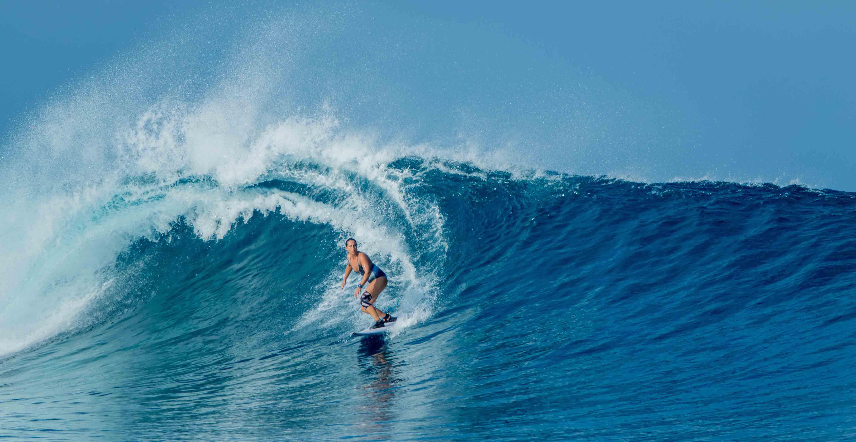 mentawais surfing