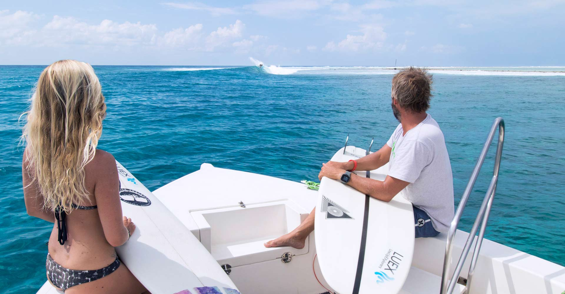 Spotview of Kasabu Righthand Reefbreak, Dhaalu Atoll