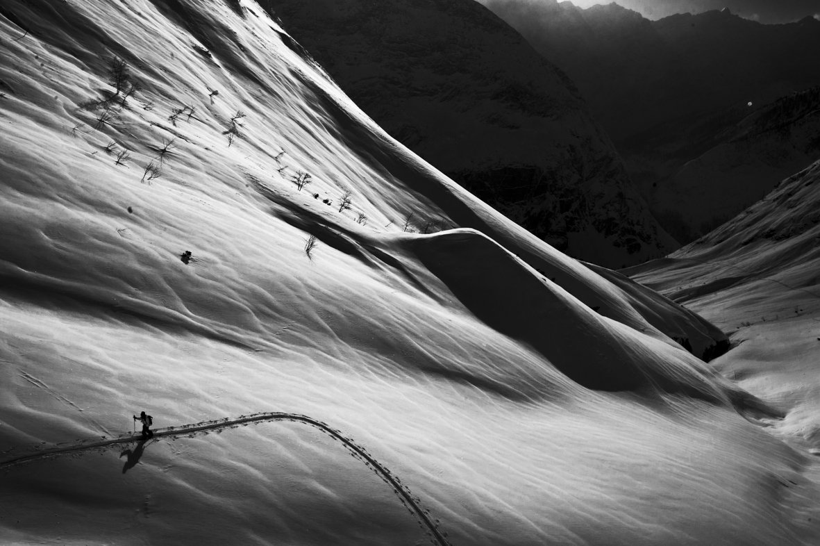 splitboarding in the alps with stentiford chamonix