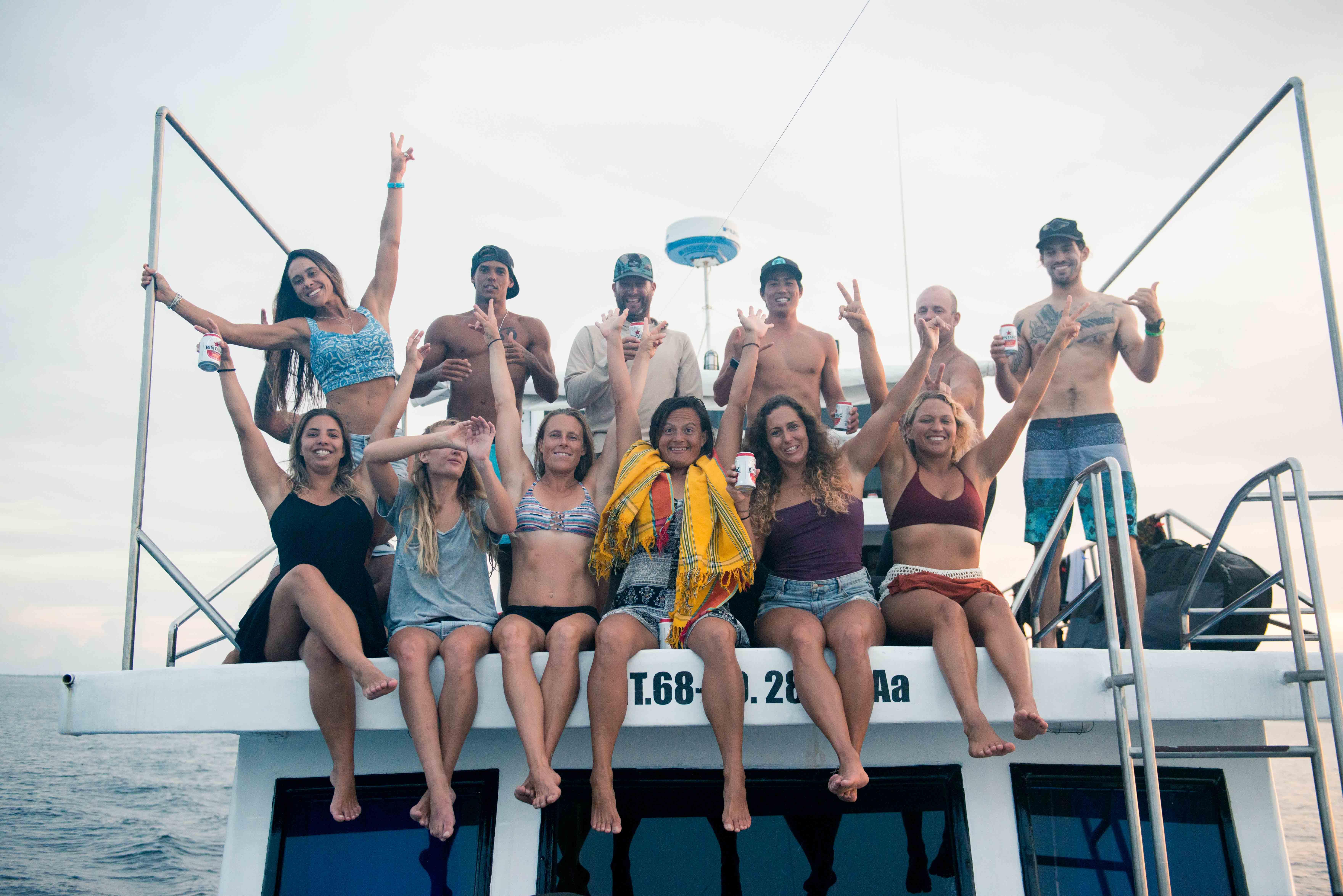 Santa Lusia Mentawais boat trip