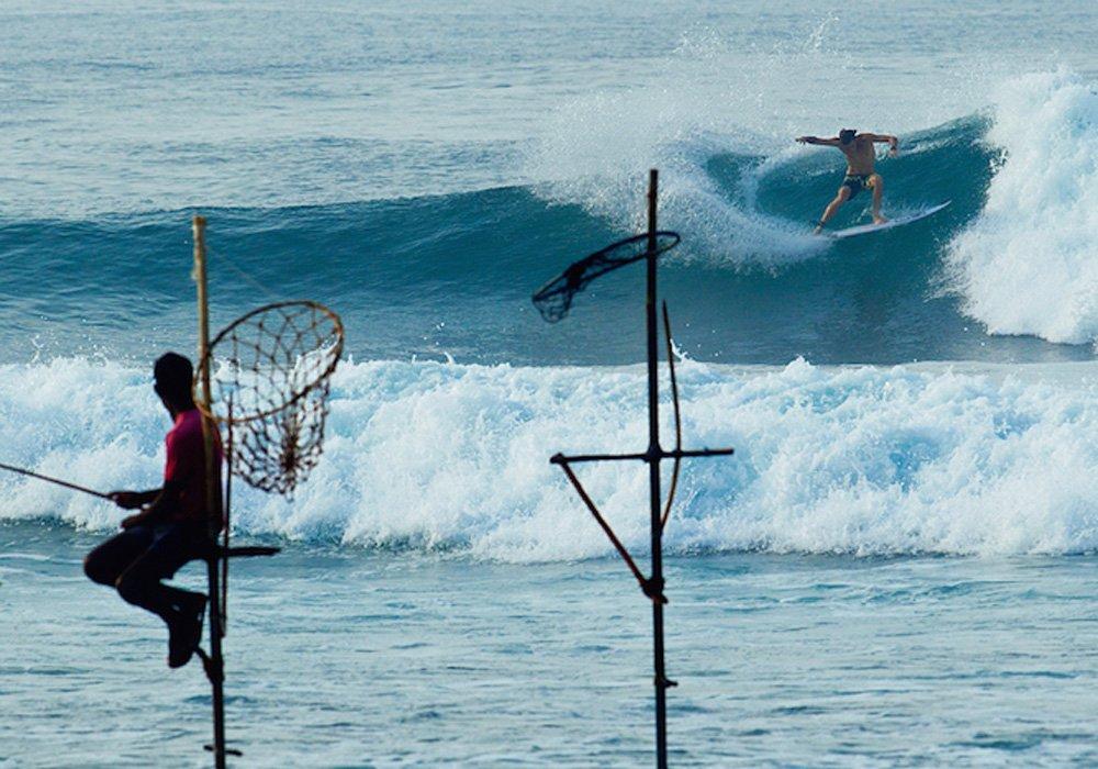 Sri Lanka traditional surfing