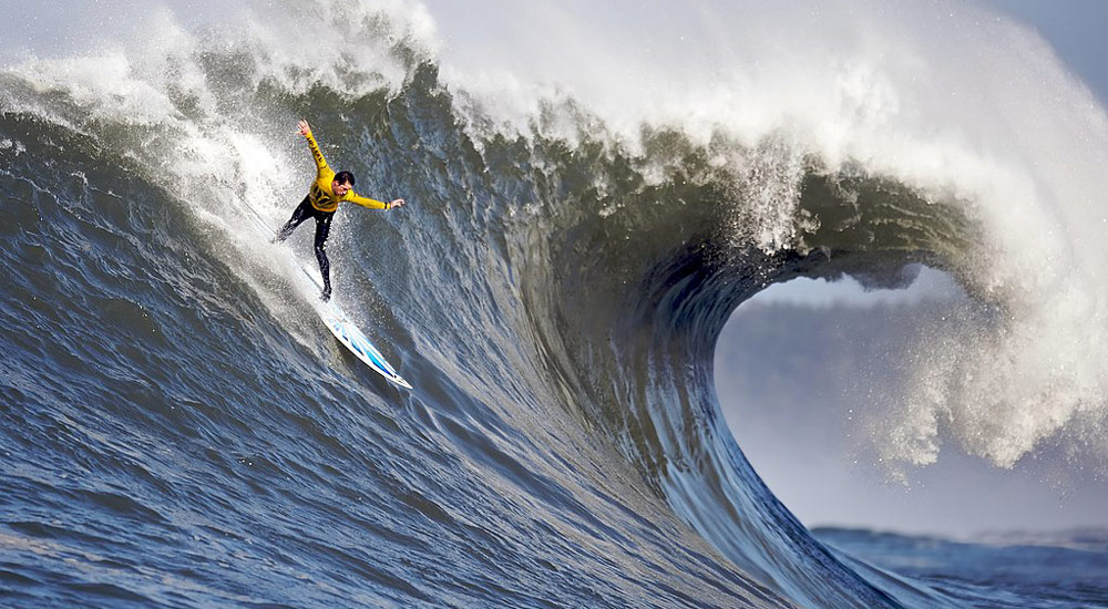 Mavericks big wave surfing