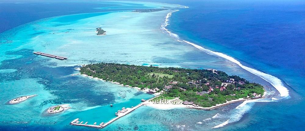 Ultimate Luxury Surf Resorts
