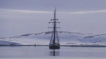 Svalbard Ski & Sail