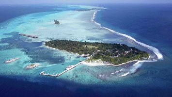 Hudhuranfushi Surf Resort